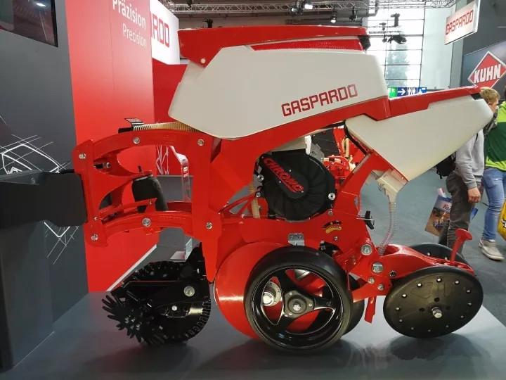 马斯奇奥发布平均时速15公里高速精量播种机,成为全球第五家掌握此技术的企业